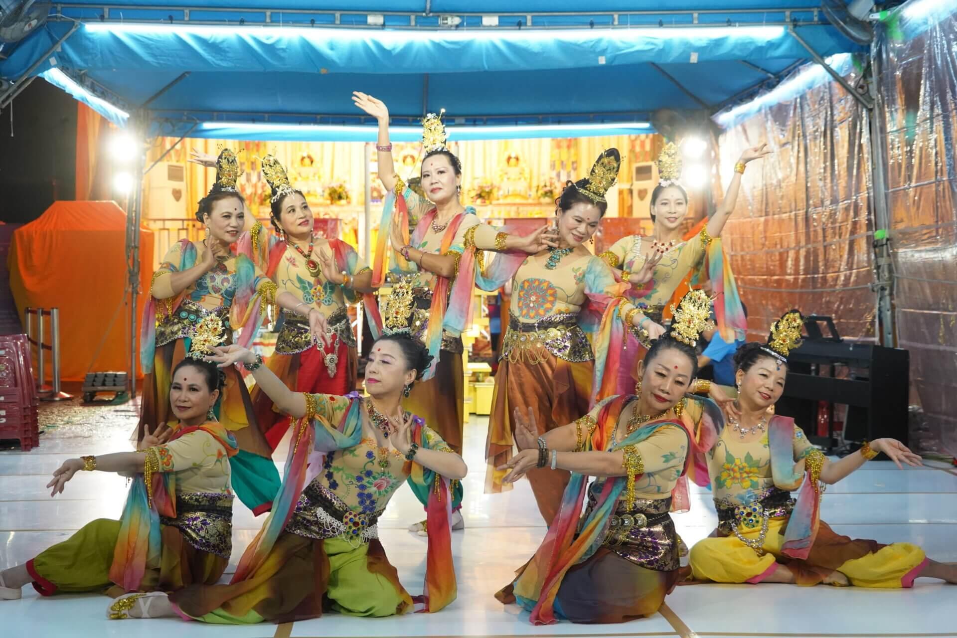 行動佛殿112站台北市政府,觀自在舞團公益演出