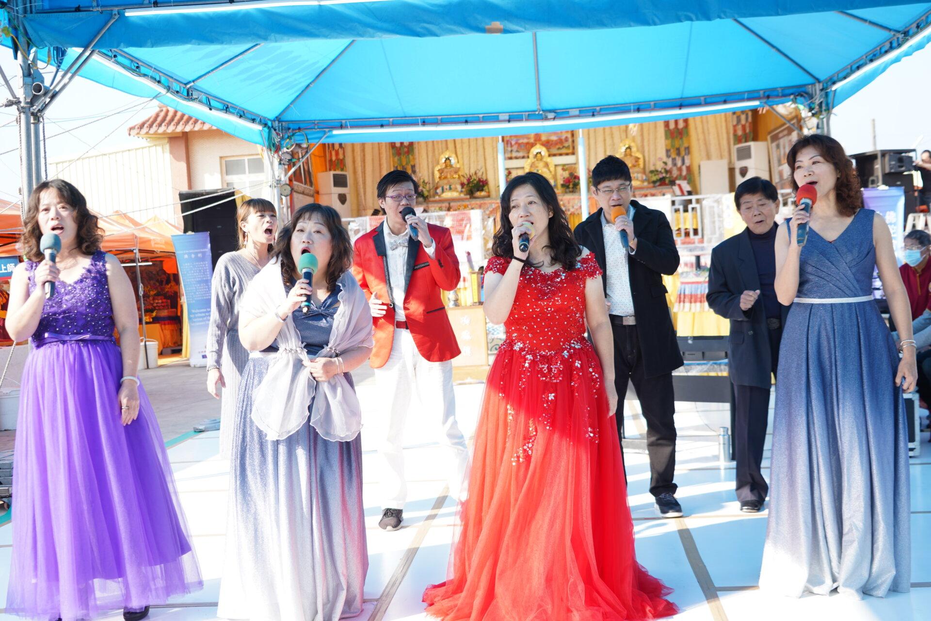 行動佛殿121站台南北門,屏東東港三位歌手&正心合唱團