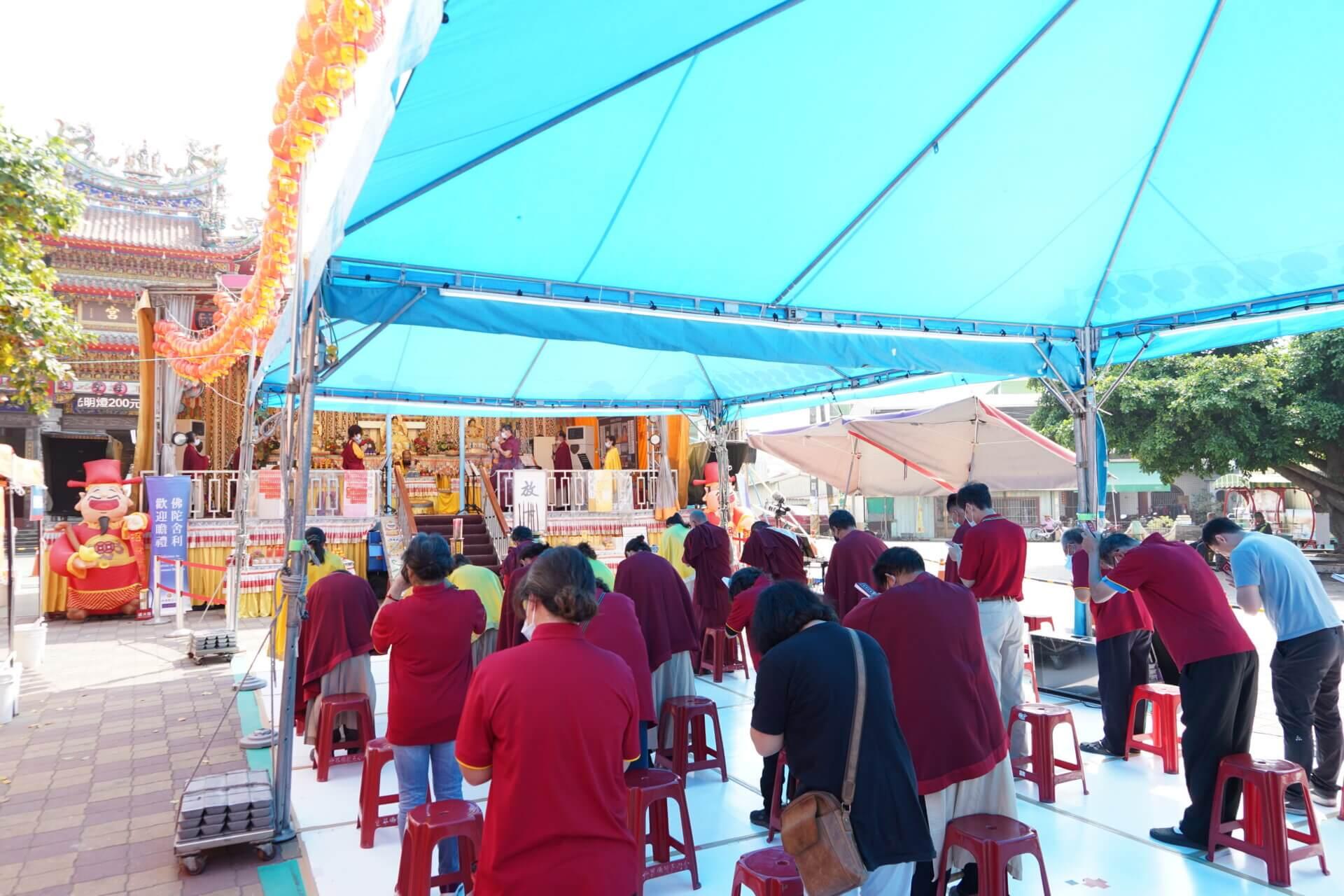 行動佛殿125站屏東里港慶濟宮前廣場,環島祈福誦經法會