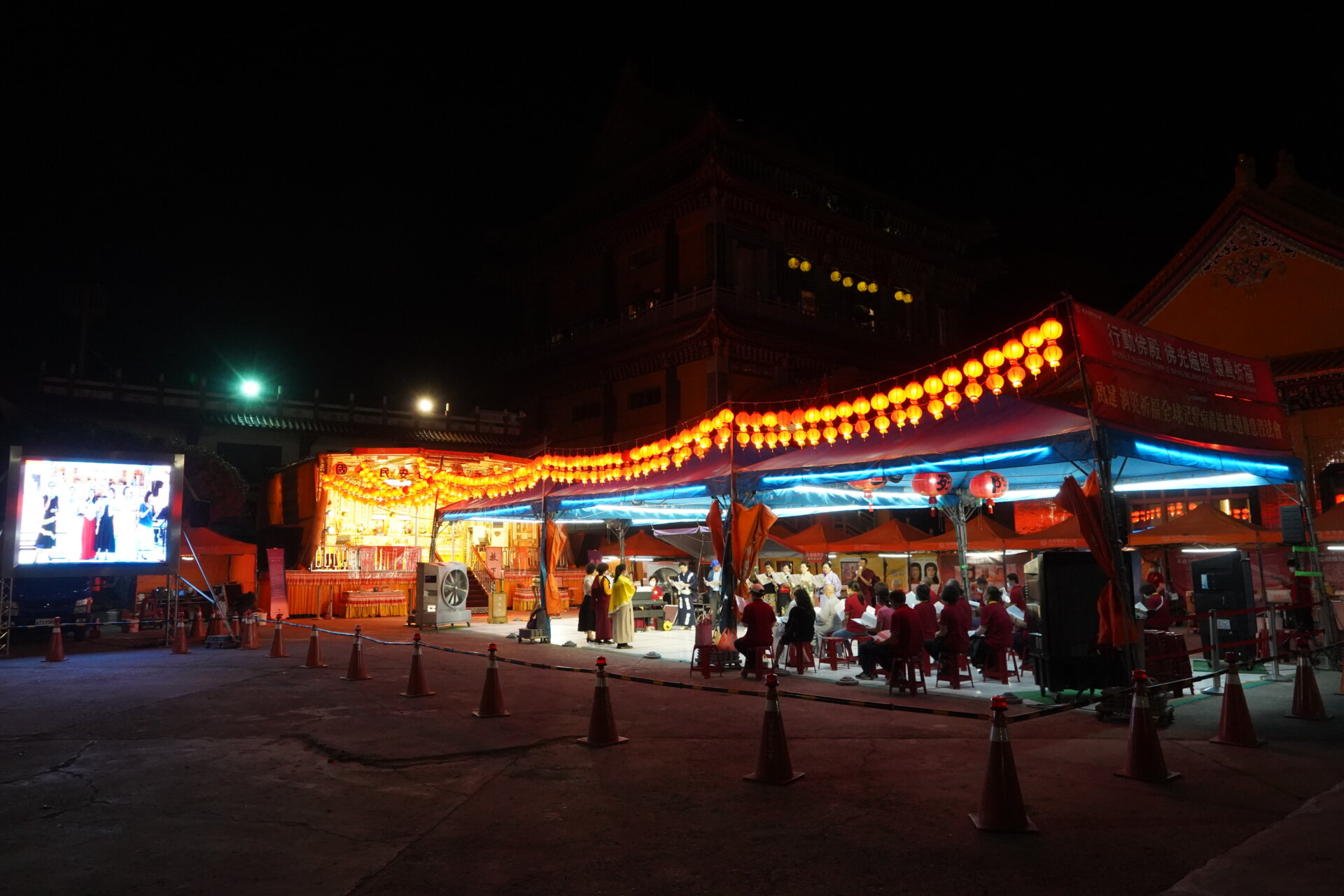行動佛殿133站高雄湖內天真福廟,週六藝文晚會