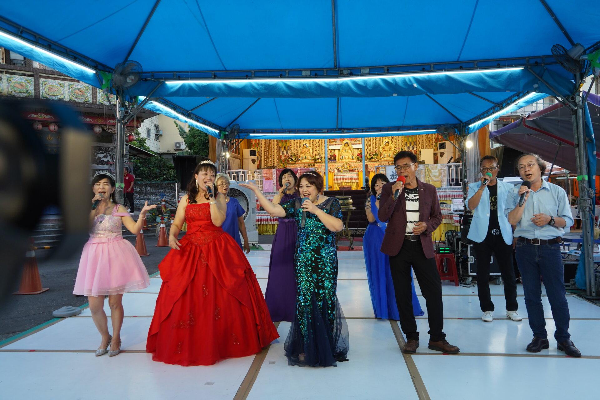行動佛殿135站高雄大樹,來自台南的永保安康歌唱協會公益演出