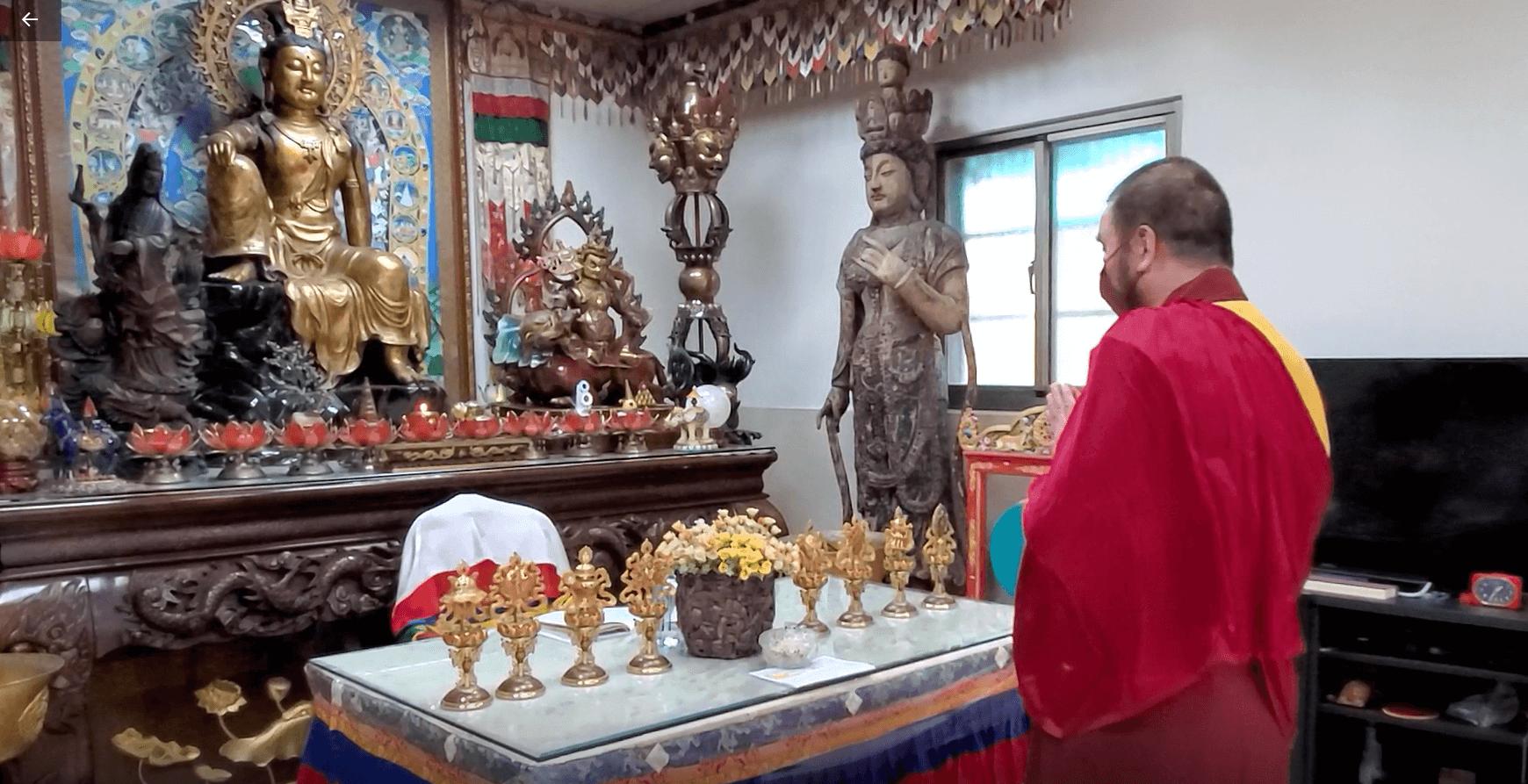 本會指導上師恆性嘉措仁波且率領弟子舉辦恭祝世界佛教教皇佛誕線上法會